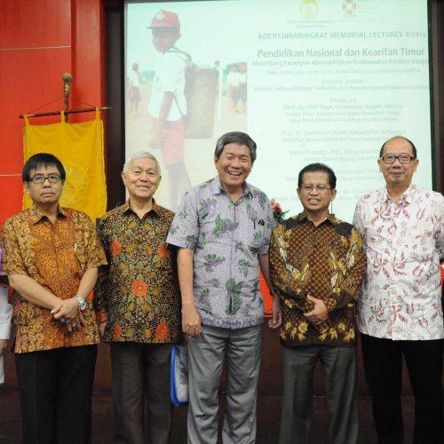 Pendidikan Nasional dan Kearifan Timur: Menimbang Paradigma Alternatif dalam Pembentukan Karakter Bangsa