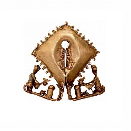 Mamuli: Perhiasan yang menjadi motif kain tenun ikat Sumba